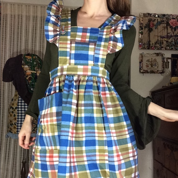 Vintage Dresses & Skirts - Adorable Plaid Apron Dress Dolly Ruffle Sleeves